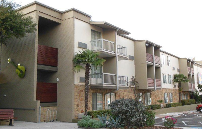 Aiden by Best Western @ Austin City Hotel-BEST WESTERN PLUS Austin City Hotel<br/>Image from Leonardo