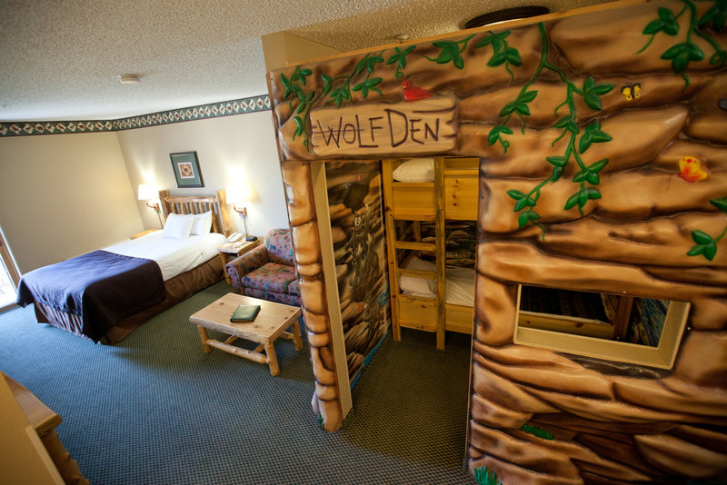 Great Wolf Lodge-Wolf Den Suite<br/>Image from Leonardo