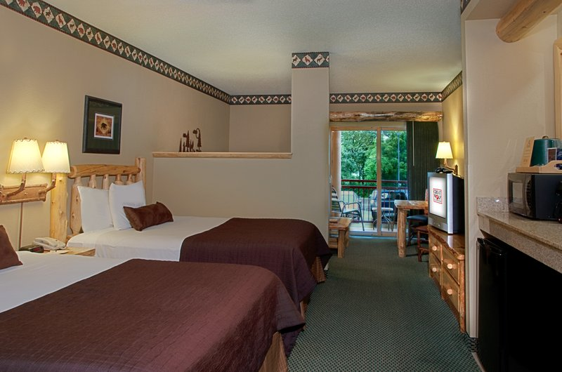 Great Wolf Lodge-Family Suite<br/>Image from Leonardo