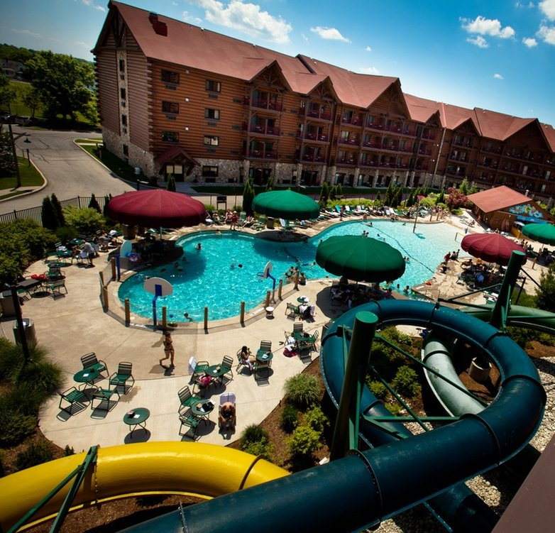 Great Wolf Lodge-Outdoor Pool & Hotel<br/>Image from Leonardo