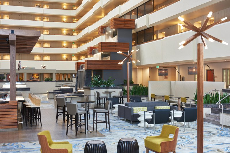 DoubleTree by Hilton Hotel Fresno Convention Center-Lobby Lounge area<br/>Image from Leonardo