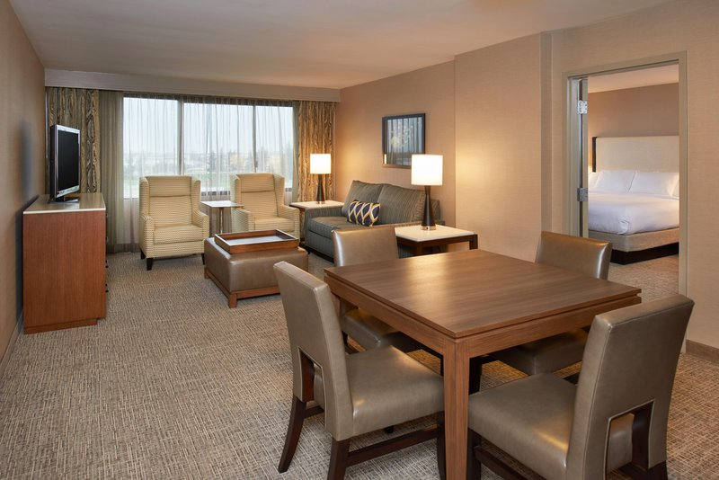 DoubleTree by Hilton Hotel Fresno Convention Center-Luxury Suite living area<br/>Image from Leonardo