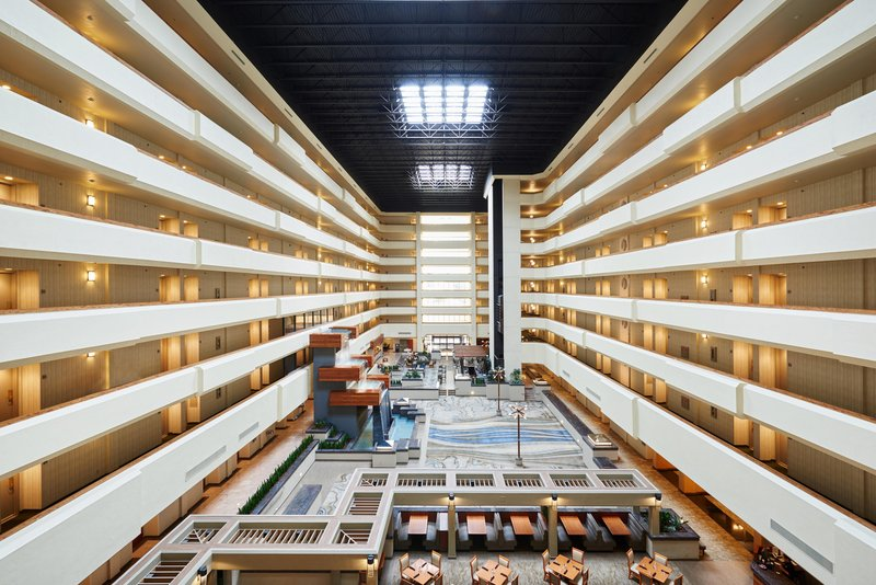 DoubleTree by Hilton Hotel Fresno Convention Center-Atrium<br/>Image from Leonardo