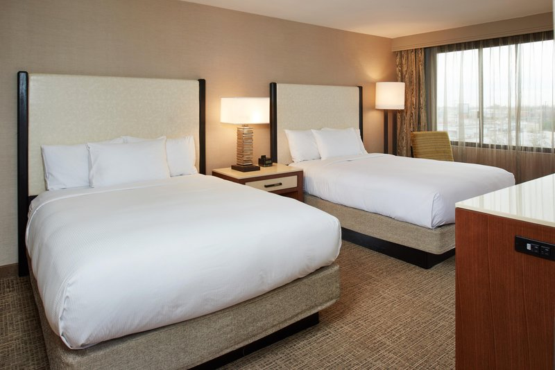 DoubleTree by Hilton Hotel Fresno Convention Center-Double Queen guest room<br/>Image from Leonardo