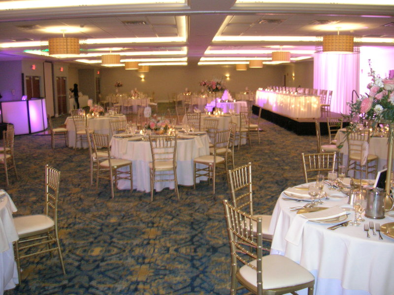 Crowne Plaza Hotel & Suites Pittsburgh South-New Ballroom Decor<br/>Image from Leonardo