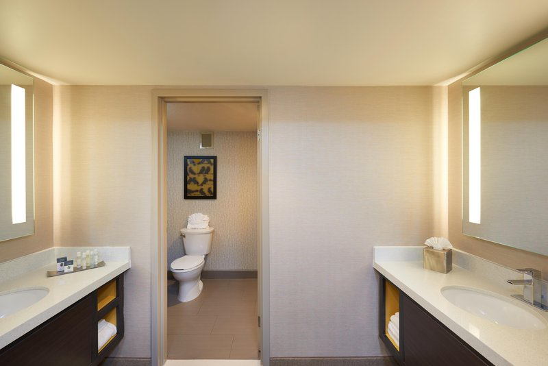 DoubleTree by Hilton Hotel Fresno Convention Center-Luxury Suite Bathroom<br/>Image from Leonardo