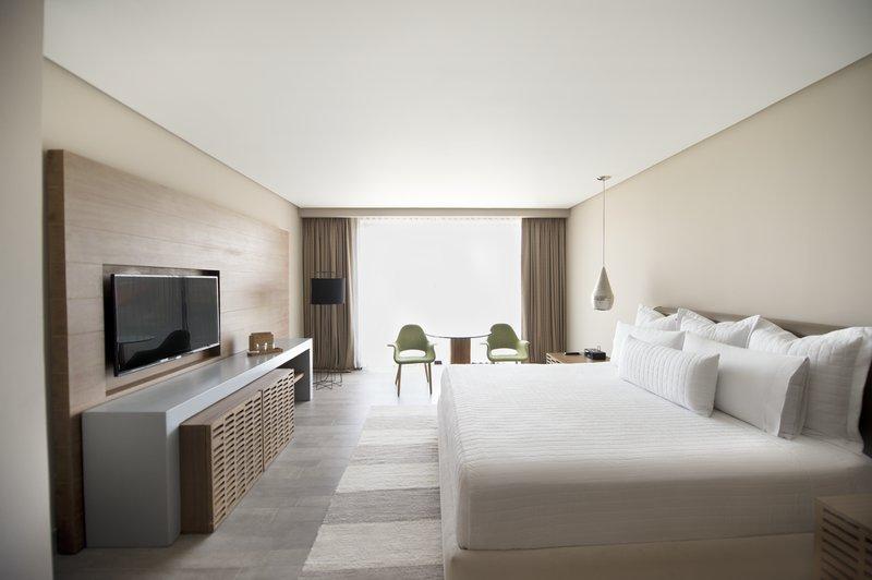 Live Aqua Boutique Resort Playa del Carmen - Deluxe Room, 1 King <br/>Image from Leonardo