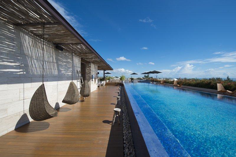Live Aqua Boutique Resort Playa del Carmen - Piscina <br/>Image from Leonardo