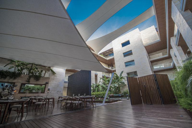 Live Aqua Boutique Resort Playa del Carmen - Restaurants <br/>Image from Leonardo