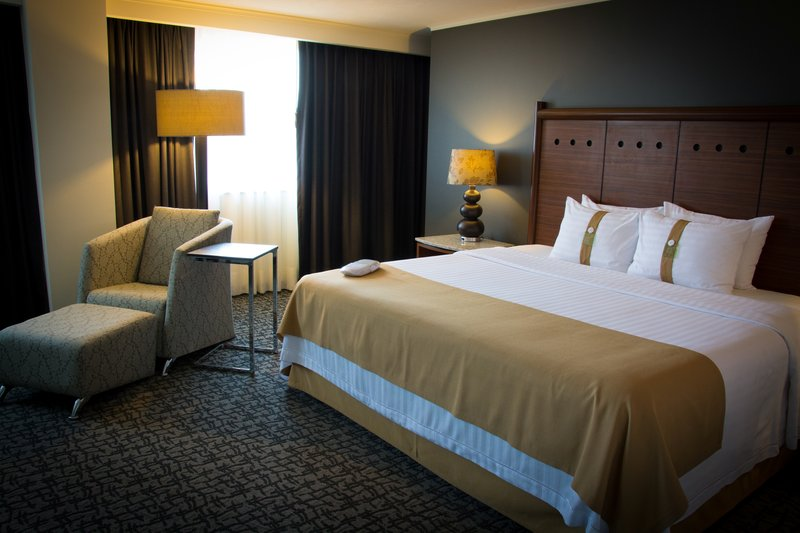 Holiday Inn Ciudad de Mexico-Trade Center-Superior Room<br/>Image from Leonardo