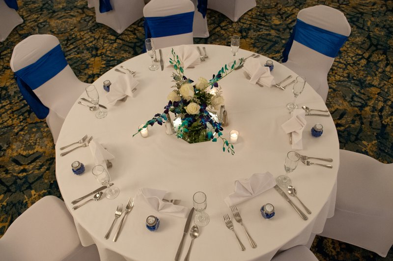 Crowne Plaza Hotel & Suites Pittsburgh South-Wedding Table Setting<br/>Image from Leonardo