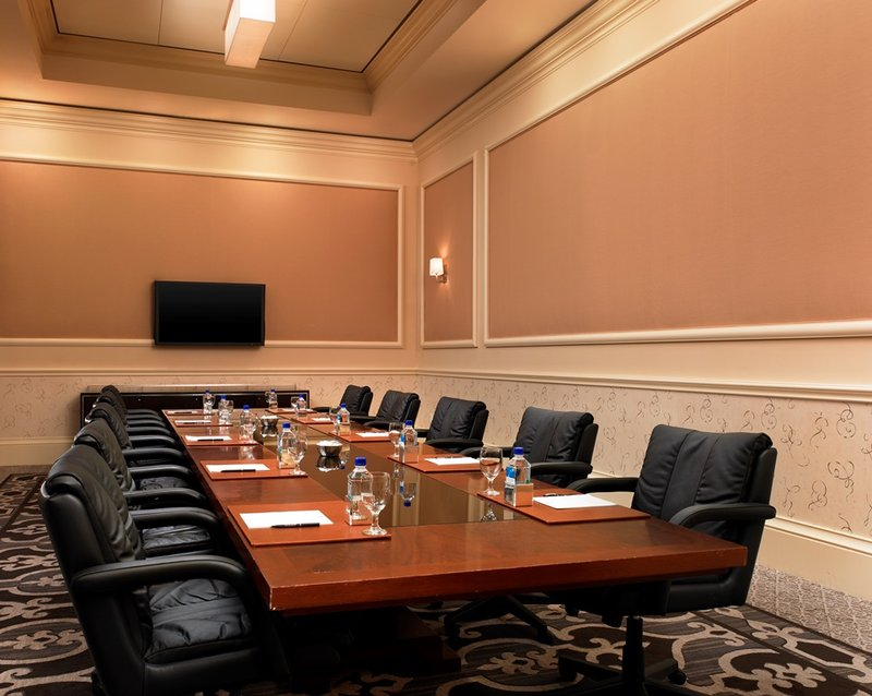 St. Regis Monarch Beach-Napoli Executive Meeting<br/>Image from Leonardo