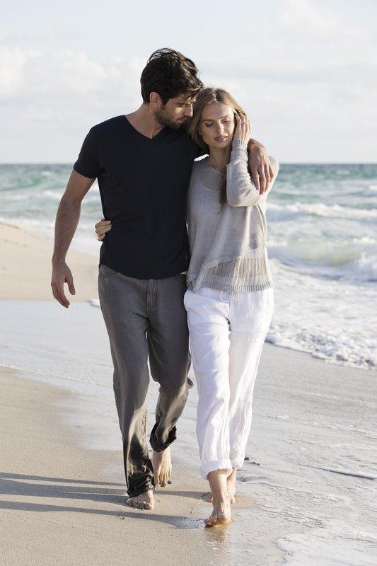 Fontainebleau Miami Beach - Couple <br/>Image from Leonardo