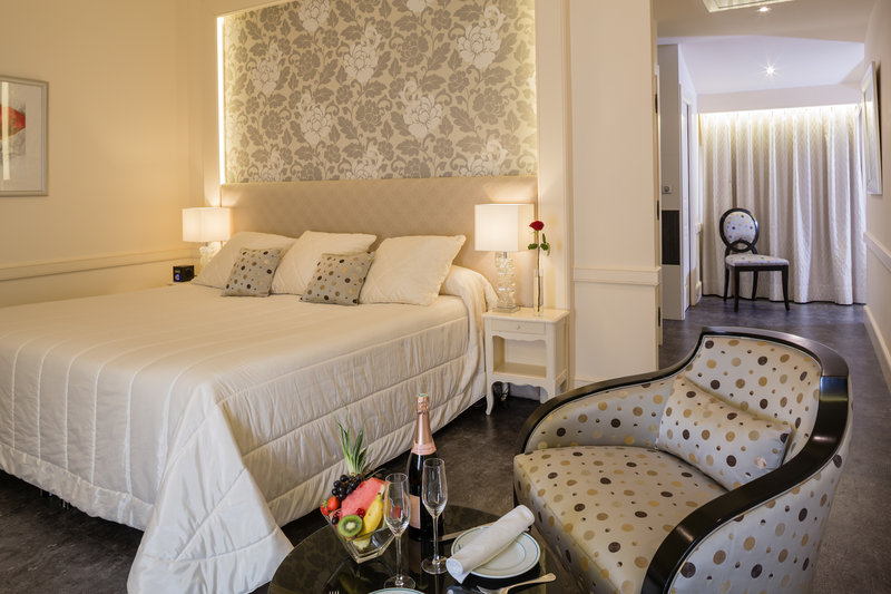 Auberge de Cassagne-Comfort Room<br/>Image from Leonardo