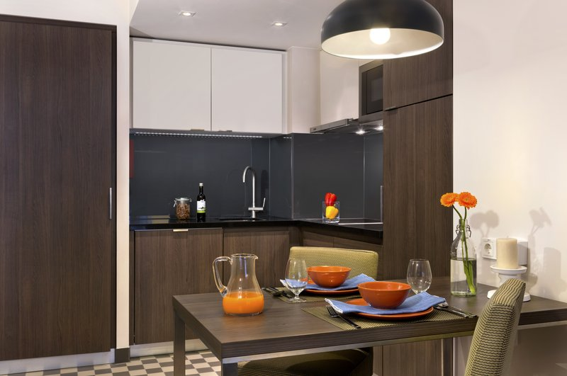 Citadines Michel Hamburg-Kitchen of 1-bedroom apartment, Citadines Michel Hamburg<br/>Image from Leonardo