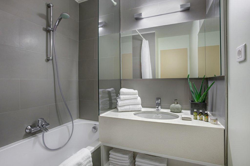 Citadines Toison d'Or Brussels-Bathroom, Citadines Toison d'Or Brussels<br/>Image from Leonardo