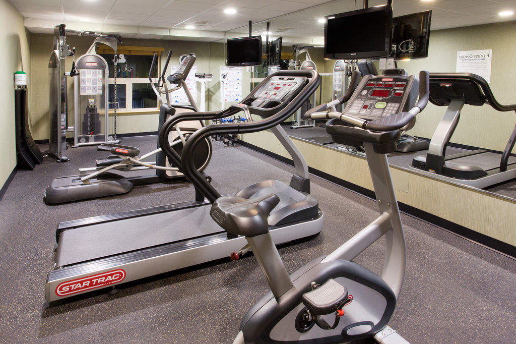 Holiday Inn Express & Suites Courtenay Comox Valley SW-Fitness Center<br/>Image from Leonardo