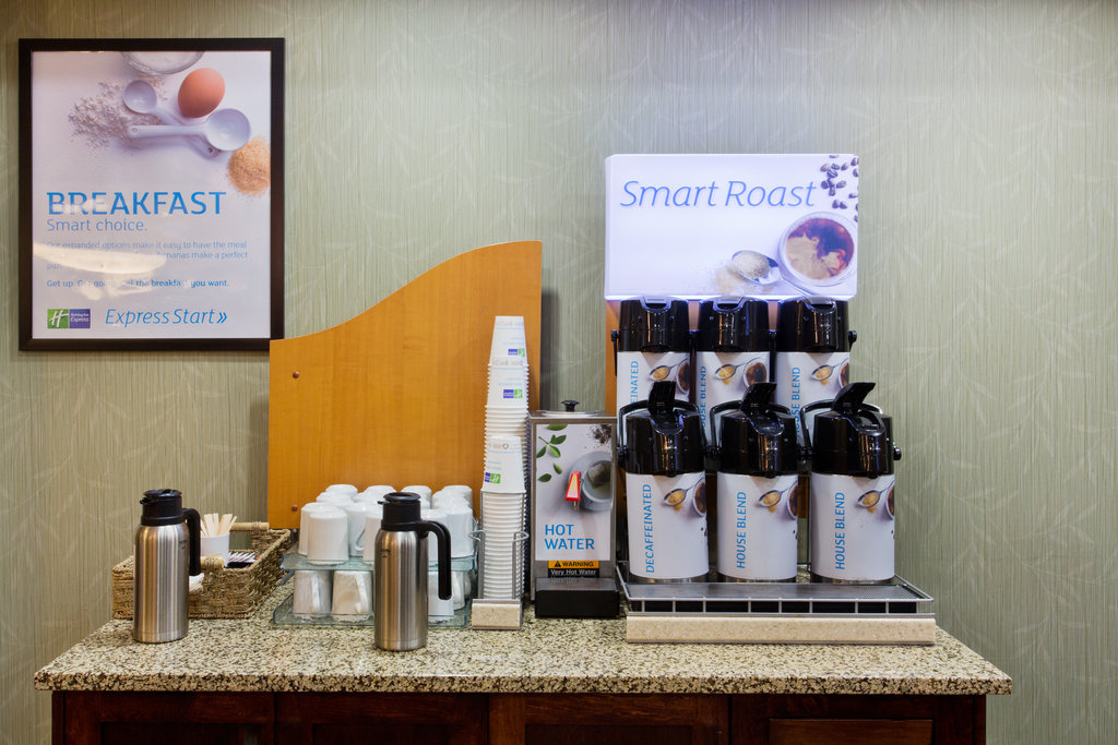 Holiday Inn Express & Suites Courtenay Comox Valley SW-Coffee Bar<br/>Image from Leonardo