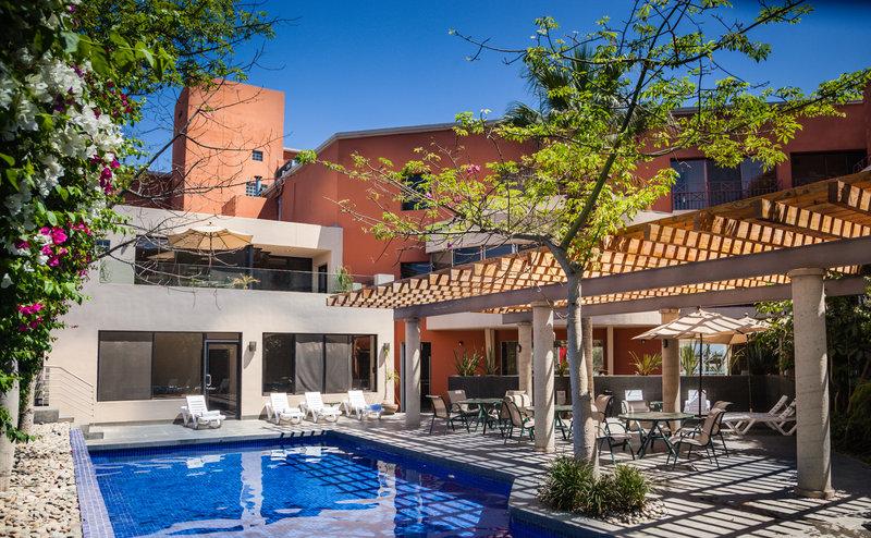 Gamma De Fiesta Inn Tijuana Otay-Pool<br/>Image from Leonardo