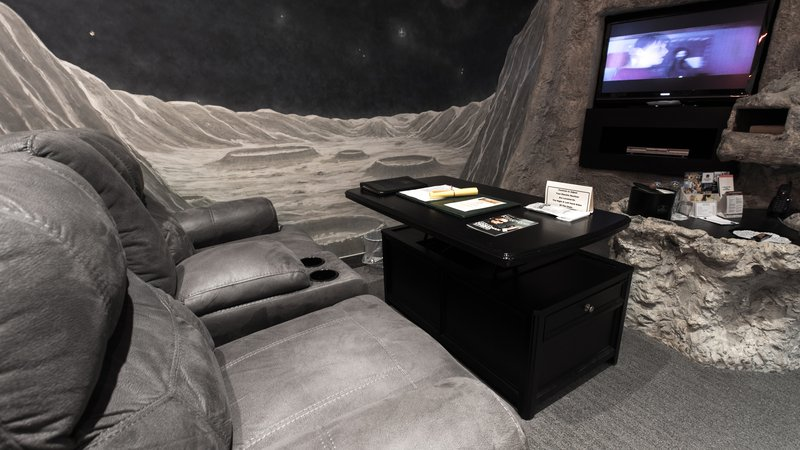Best Western Fireside Inn-Tranquility Base Suite <br/>Image from Leonardo
