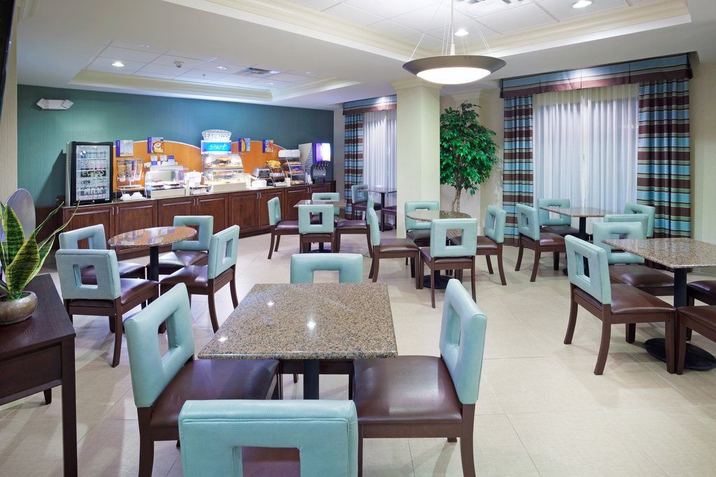 Holiday Inn & Suites Smyrna - Nashville Area-Comfortable breakfast area<br/>Image from Leonardo