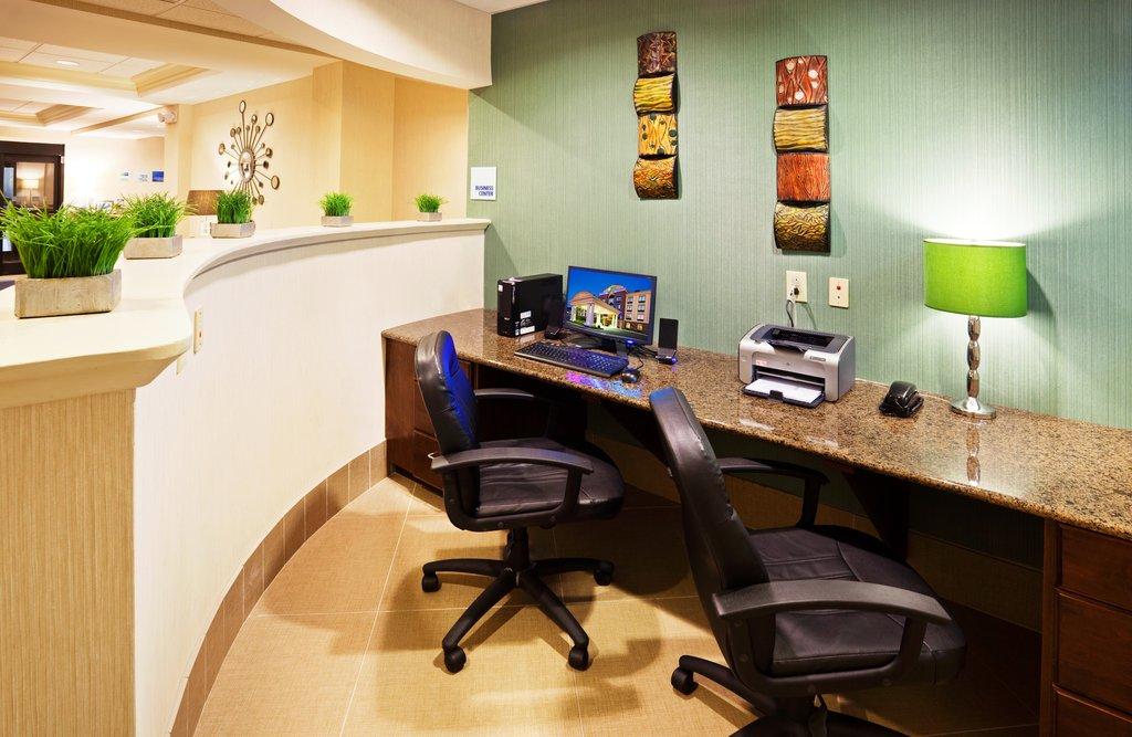 Holiday Inn & Suites Smyrna - Nashville Area-24-hour Business Center<br/>Image from Leonardo
