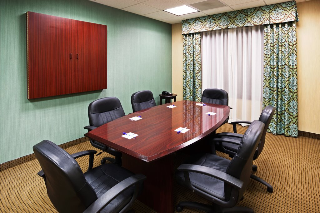 Holiday Inn & Suites Smyrna - Nashville Area-We offer an intimate board room that seats six<br/>Image from Leonardo