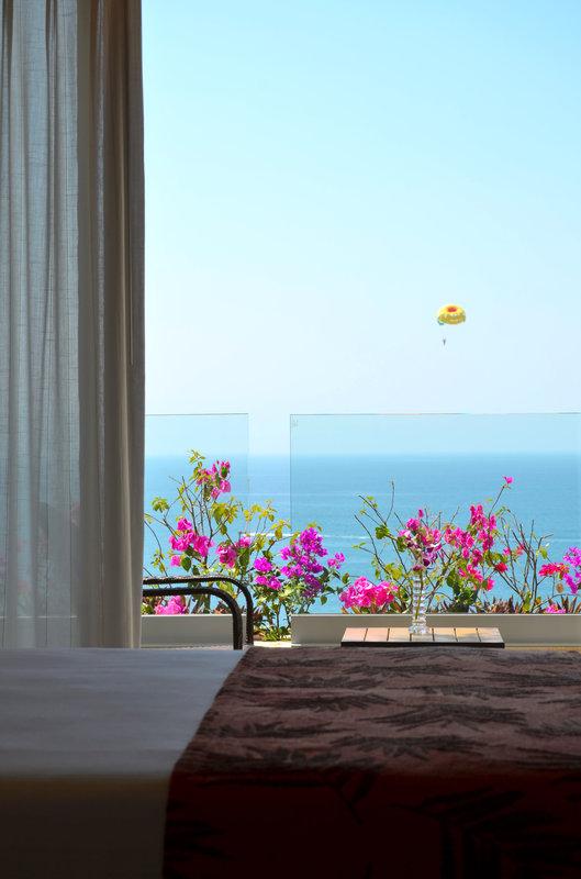 Fiesta Americana Puerto Vallarta - Deluxe Room, 1 King, Ocean View <br/>Image from Leonardo