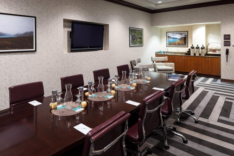 Embassy Suites by Hilton Anchorage-Boardroom<br/>Image from Leonardo