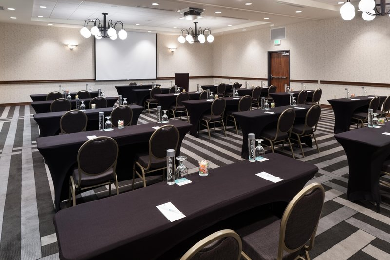 Embassy Suites by Hilton Anchorage-Possibility meeting room<br/>Image from Leonardo