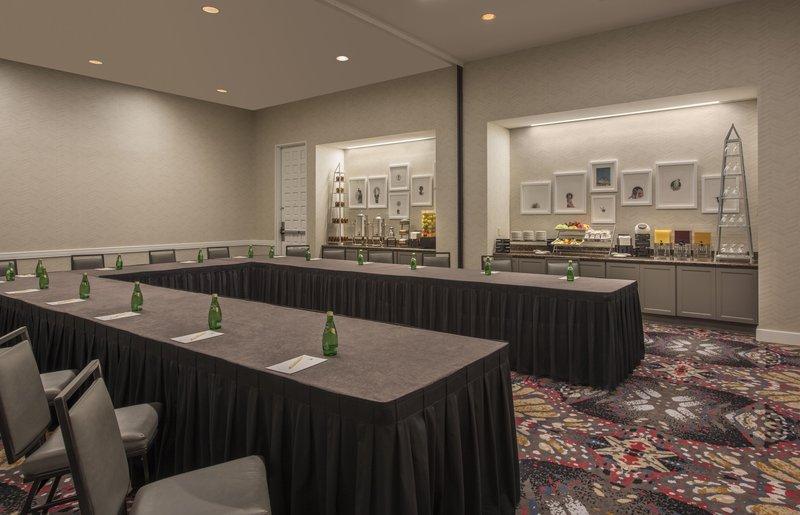 DoubleTree by Hilton Austin-Dewitt Meeting Room<br/>Image from Leonardo