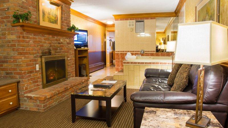 Best Western Fireside Inn-Whirlpool Suite Living Room<br/>Image from Leonardo