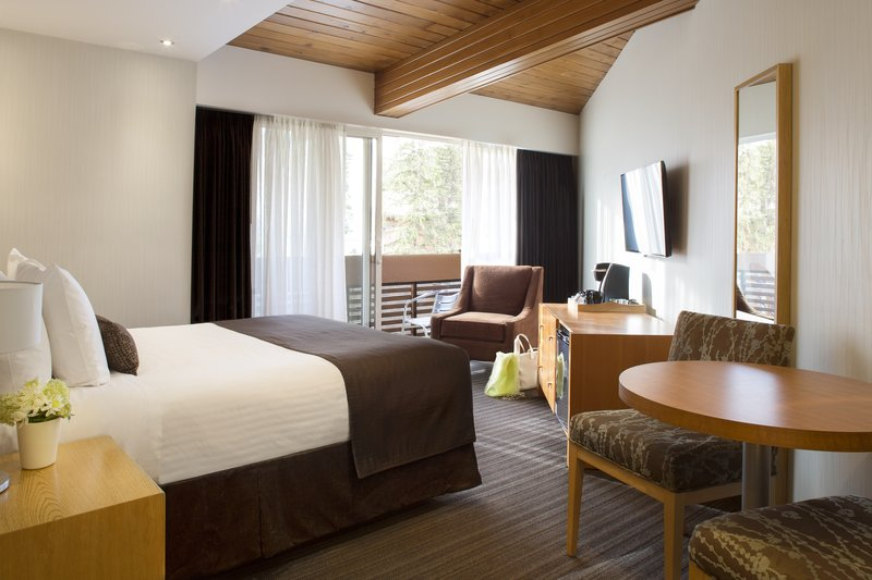 Banff Aspen Lodge-Superior Room One Queen<br/>Image from Leonardo