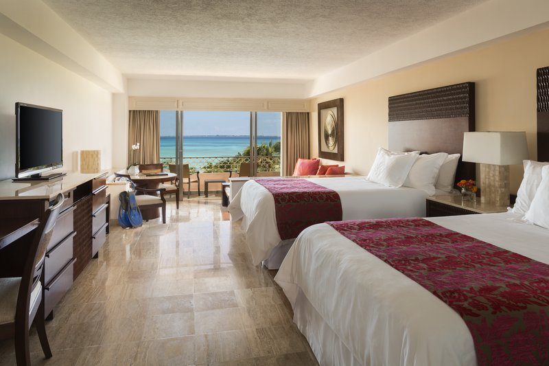 Grand Fiesta Americana Coral Beach Cancun - Junior Suite, 2 Double <br/>Image from Leonardo
