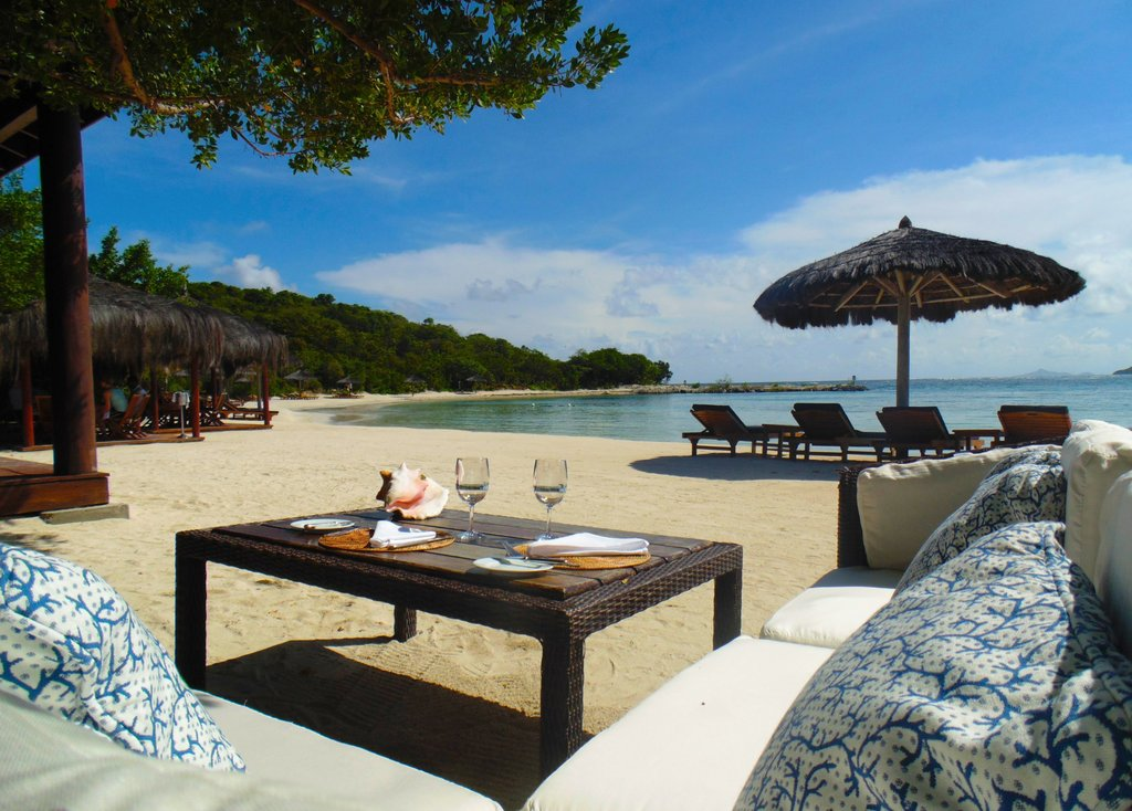 Young  Island  Resort-Shell Beach Dining<br/>Image from Leonardo