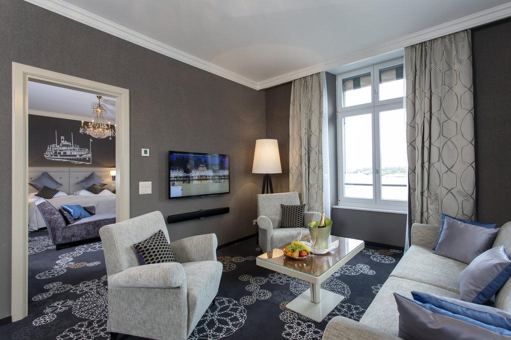 Hotel Schweizerhof Luzern-Deluxe Suite<br/>Image from Leonardo