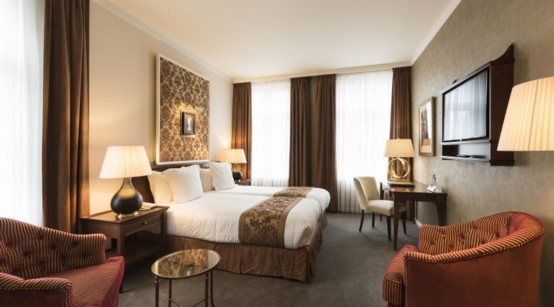 HOTEL DUKES PALACE BRUGES-Deluxe Room<br/>Image from Leonardo