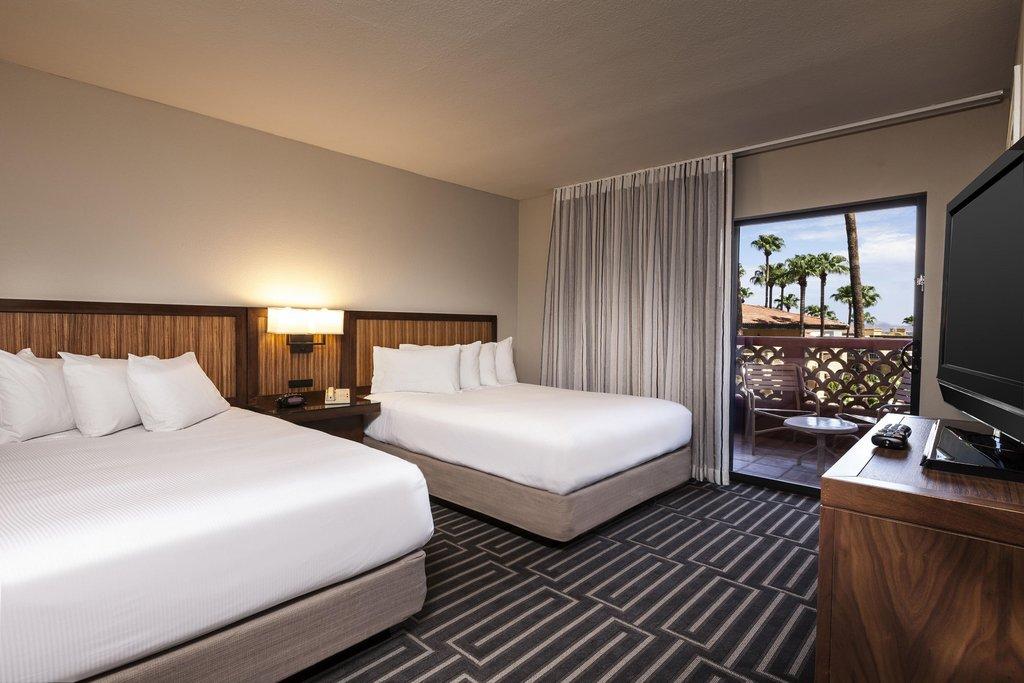 Pointe Hilton Tapatio Cliffs - Standard Queen Suite <br/>Image from Leonardo