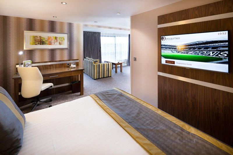 DoubleTree by Hilton Milton Keynes-Apartment Suite Bedroom<br/>Image from Leonardo