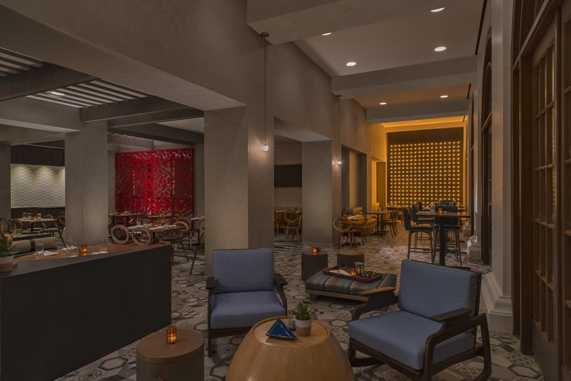DoubleTree by Hilton Austin-Texture Dining Room<br/>Image from Leonardo