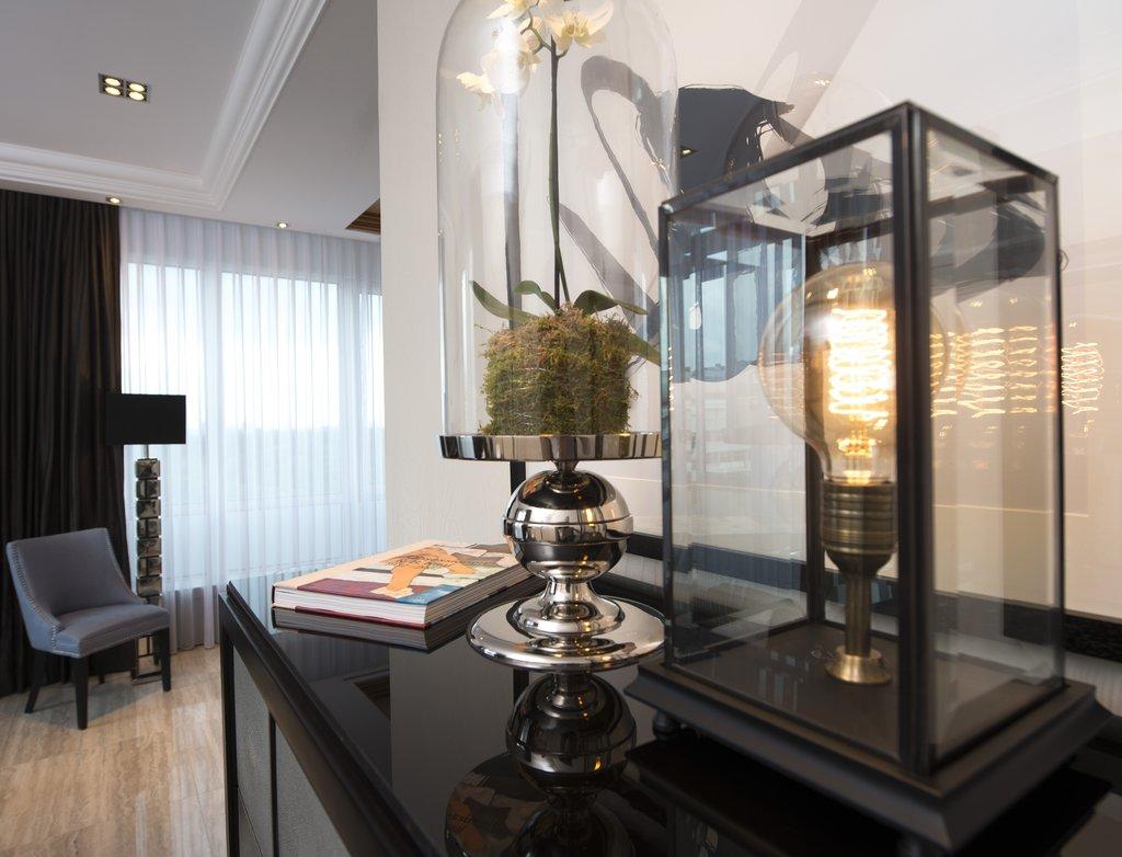 Hotel Palace Berlin - Senior Suite - Zoo Suite Detail <br/>Image from Leonardo