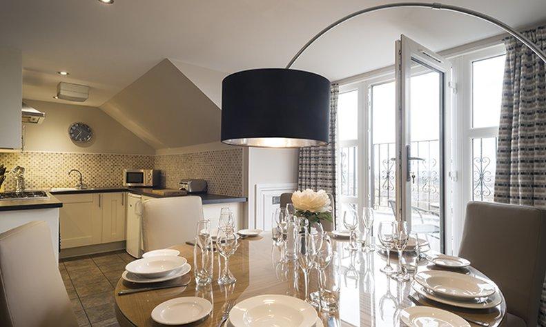 Fountain Court Royal Garden-Penthouse Apartment Dining<br/>Image from Leonardo