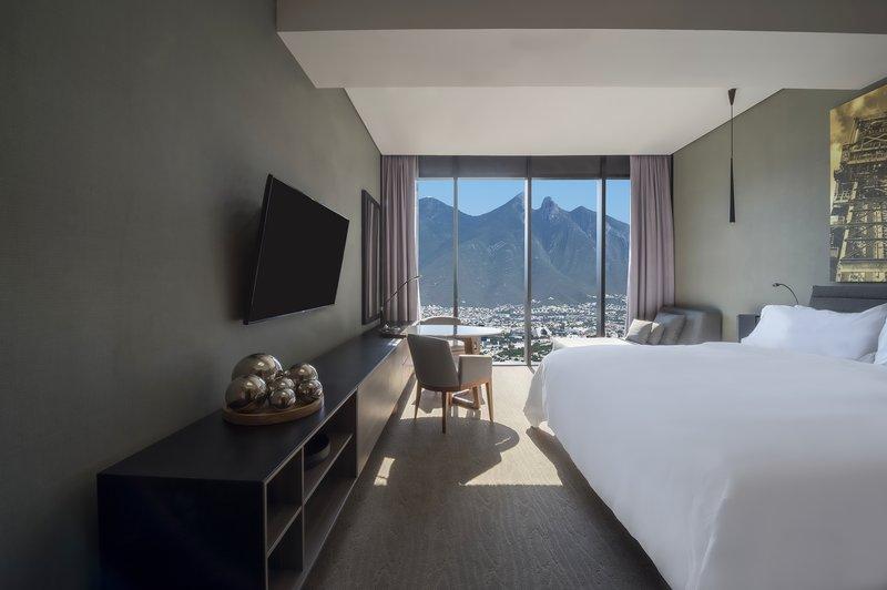 Grand Fiesta Americana Monterrey-Deluxe Room, 1 King<br/>Image from Leonardo