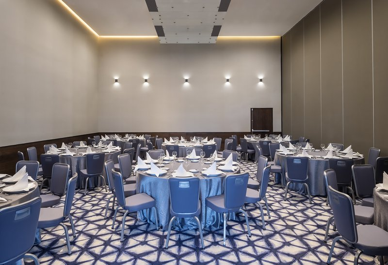 Grand Fiesta Americana Monterrey-Meeting Room Industrial<br/>Image from Leonardo