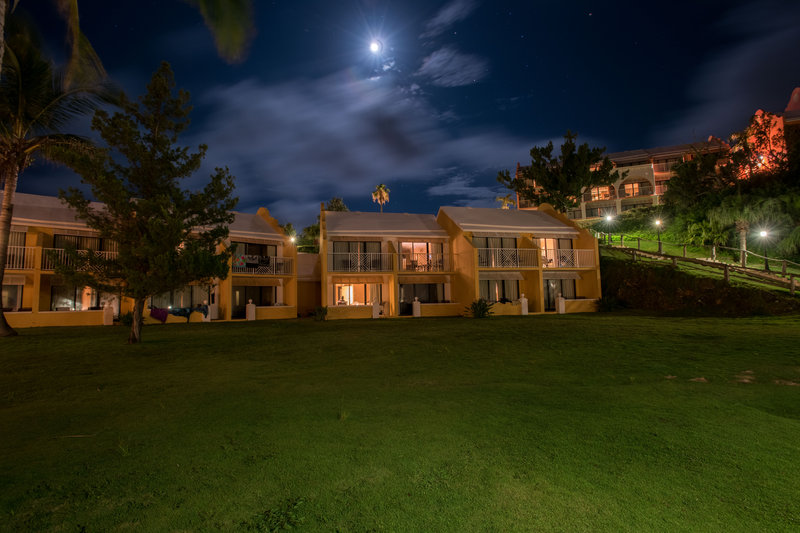 Grotto Bay Resort-Smiths Cottage Rooms Night<br/>Image from Leonardo