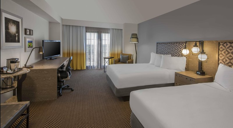 DoubleTree by Hilton Austin-Standard Double Guestroom<br/>Image from Leonardo