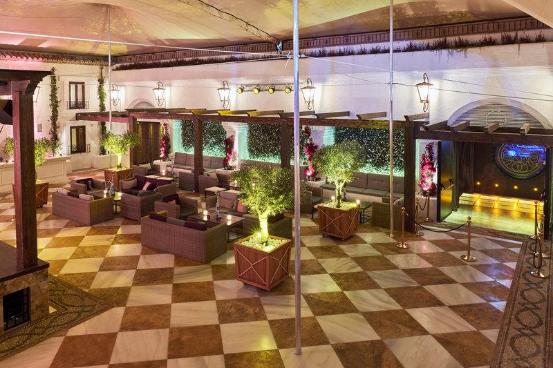 Hotel Puente Romano-La Suite Disco Terrace<br/>Image from Leonardo