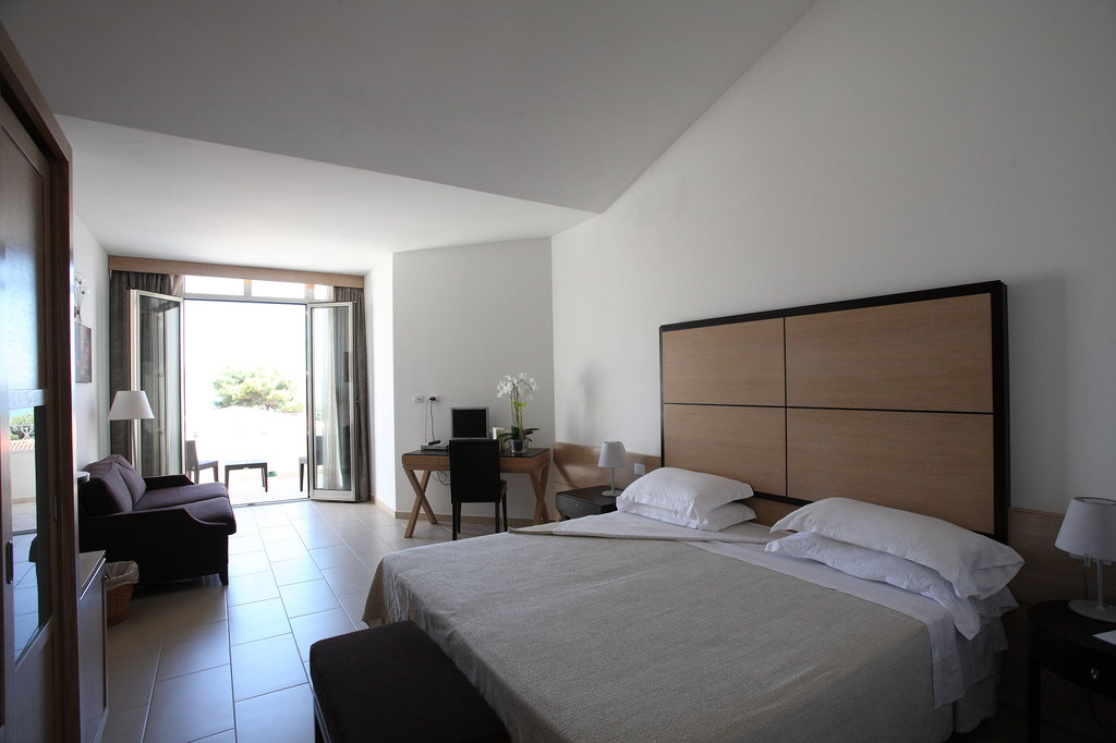 The Pelican Beach Resort & Spa - Adults Only-Room3<br/>Image from Leonardo
