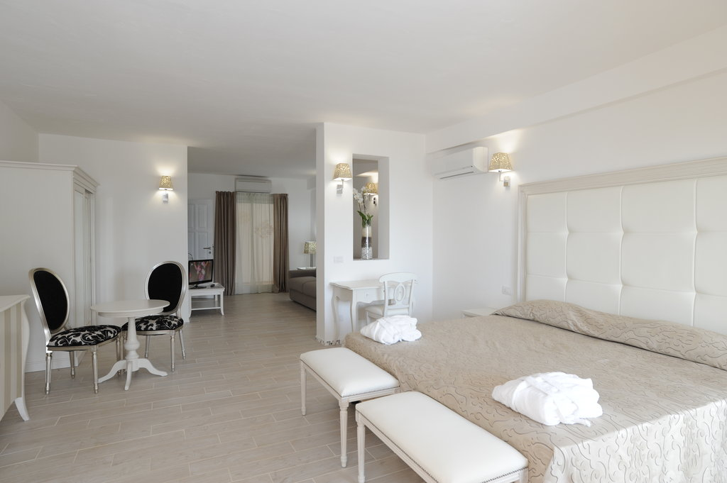 The Pelican Beach Resort & Spa - Adults Only-Room5<br/>Image from Leonardo