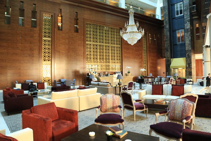 Millennium Doha - Lobby Lounge <br/>Image from Leonardo